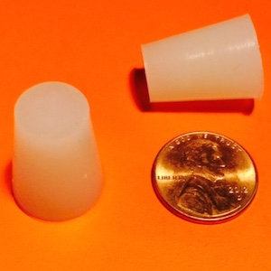 STS0375x0500-L Tapered Silicone Plugs