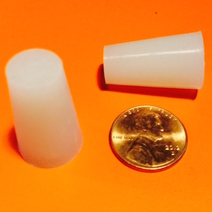 STS-0591-Z Tapered Silicone Plugs